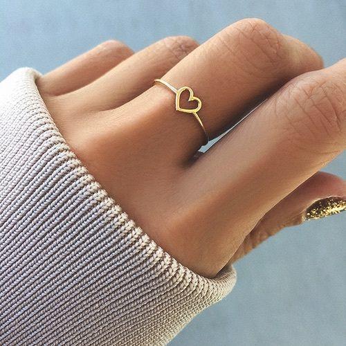 corazón moda con anillos