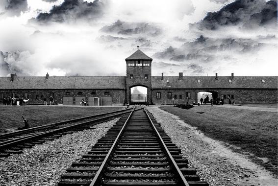 crimen contra los judios holocausto