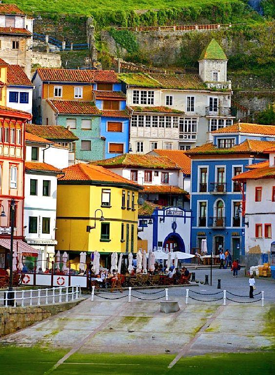 destinos baratos para viajar  asturias españa