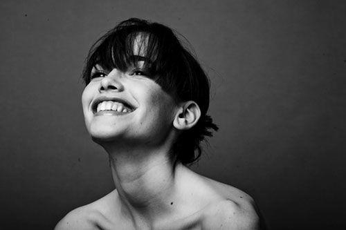 irresistible woman smile