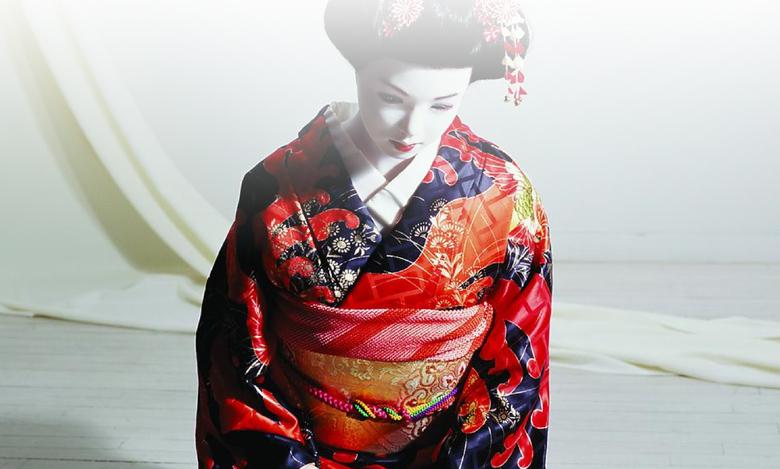 laurie-simmons-lovedoll-geisha