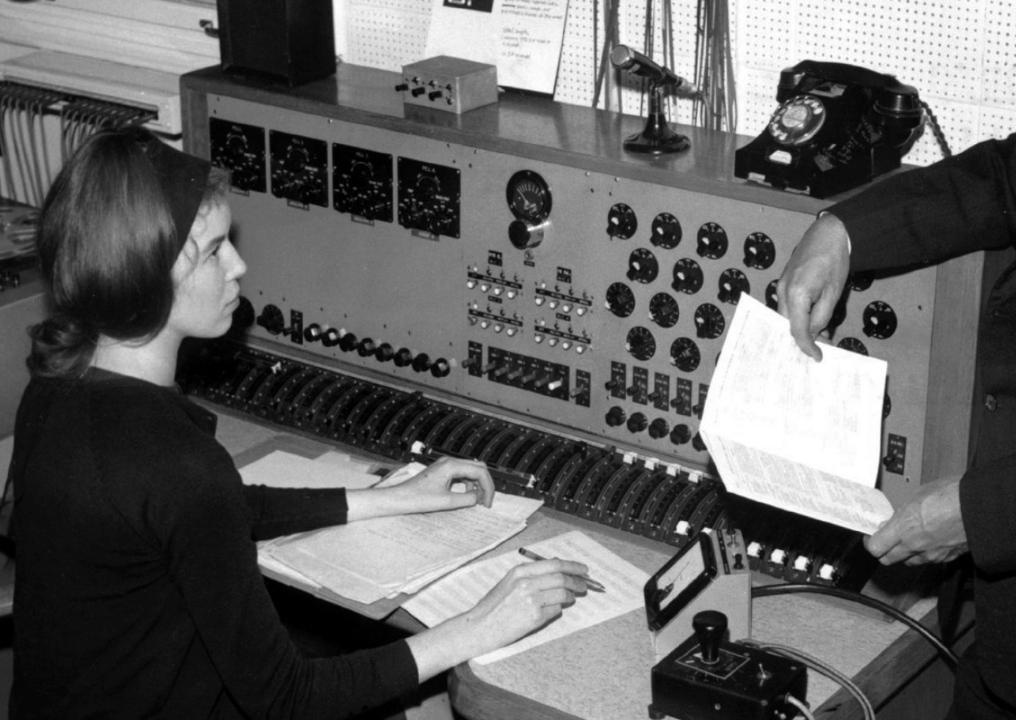 mujeres de la musica delia derbyshire