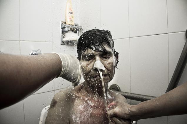 photographer grandmother death bath