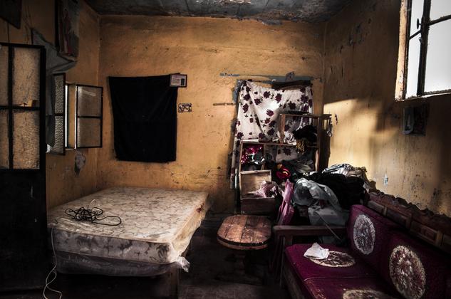 photographer grandmother death room