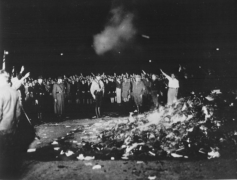 quema de libros libros
