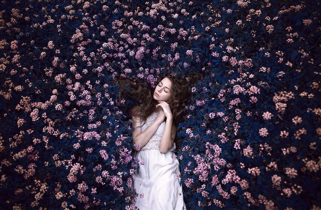 sad girl photography flowers
