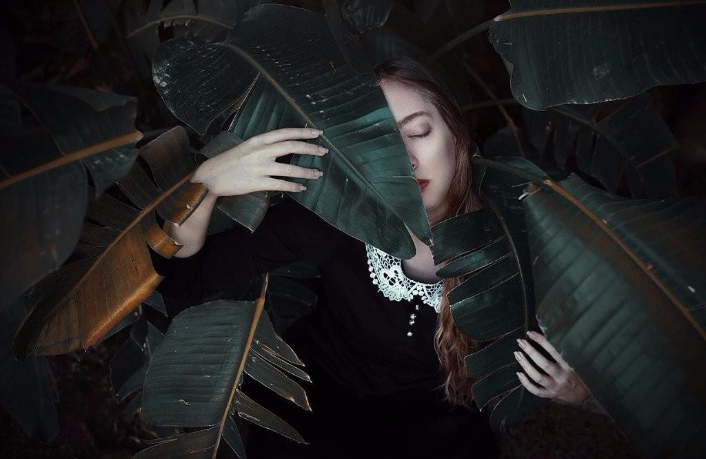sad girl photography velour
