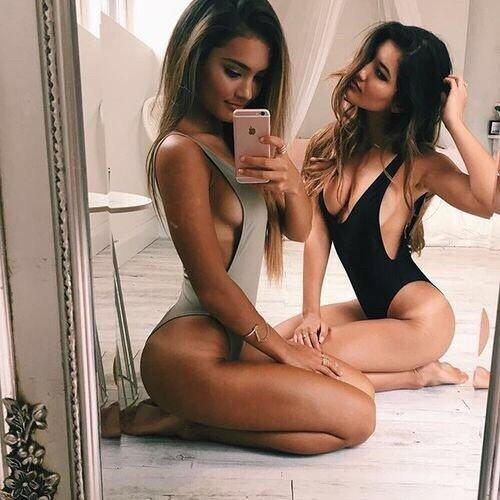 sexting and nudes selfie