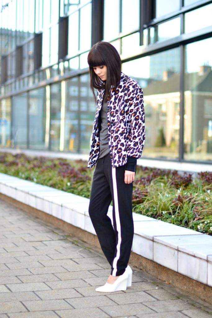 sporty ropa con estilo para mujeres