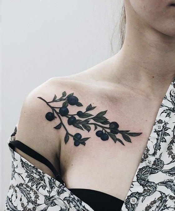tattoo accesory collarbone