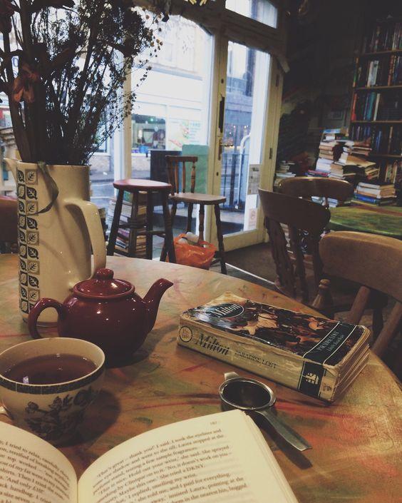 Seven deadly sins in books teapot