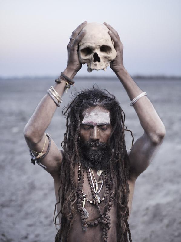aghori sadhu