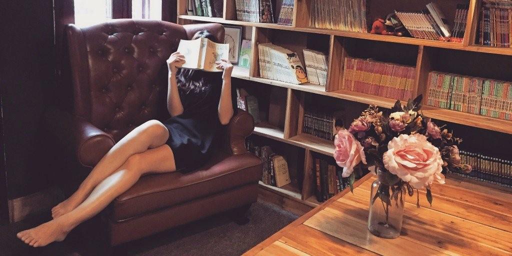 classic-books-woman