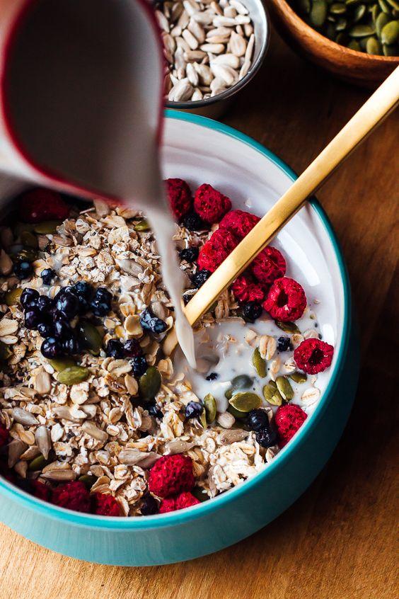 frutos alimentos que mejoran el animo