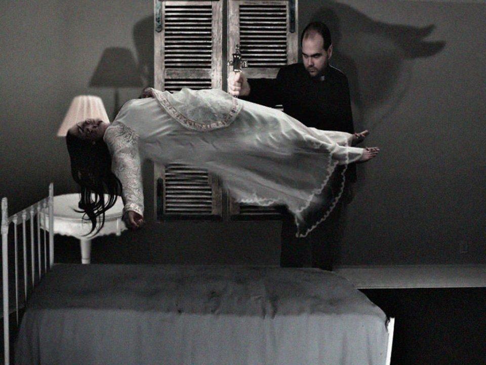 levitar exorcismo vaticano