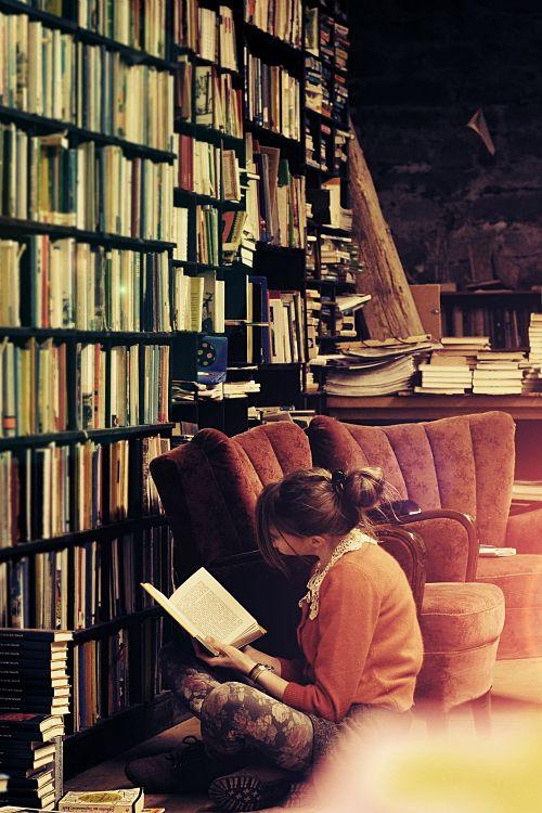 libros de amores tragicos mujer sentada