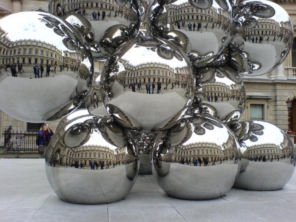 metales pulidos de Anish Kapoor