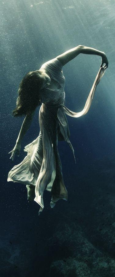 opium-history-underwater