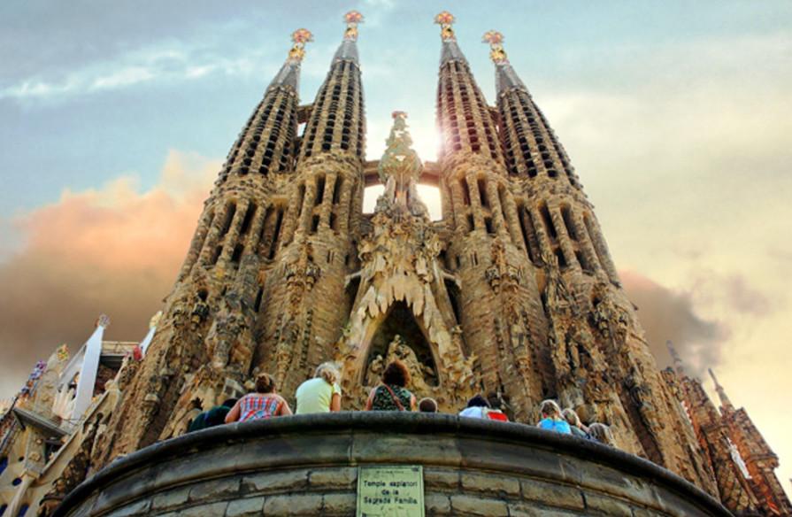 viajar a espana sagrada