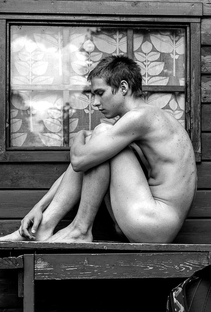 vulnerabilidad del hombre desnudo