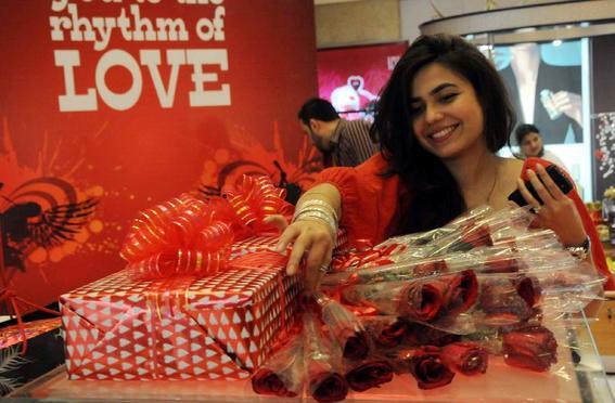 pakistan prohibe san valentin