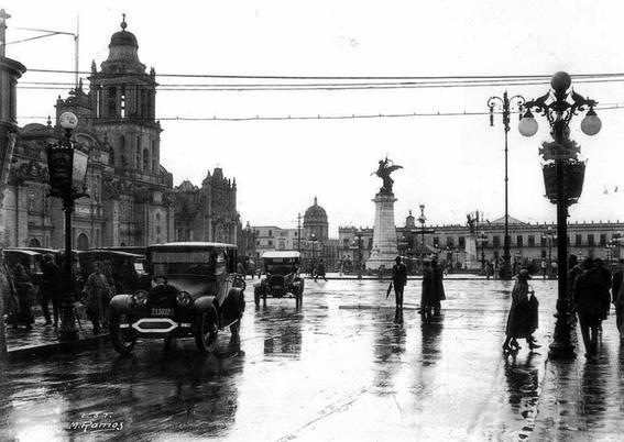zocalo fotografias historicas ciudad de mexico