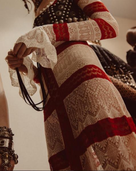Classic Garments lace-w636-h600