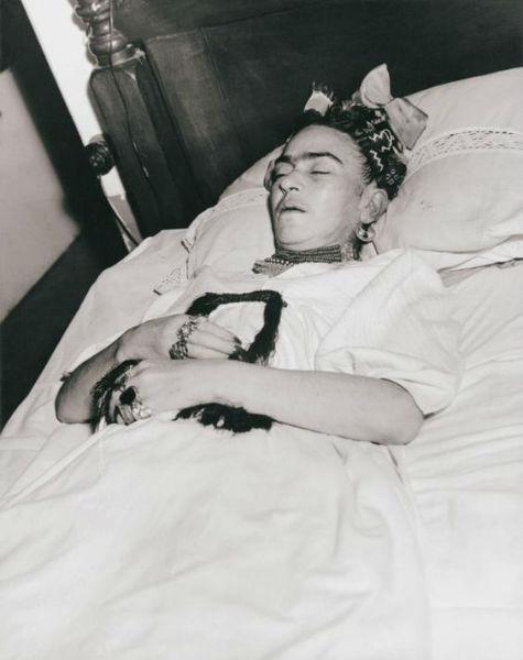 Frida Kahlo Lola Alvarez Bravo Death-w636-h600