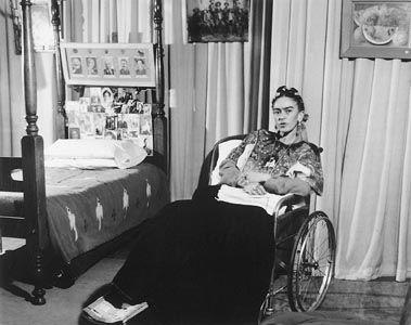 Frida Kahlo Lola Alvarez Bravo Wheelchair-w636-h600