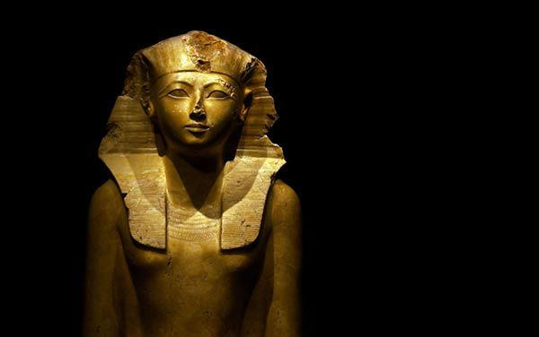 Hatshepsut Egyptian Pharaoh Statue-w636-h600