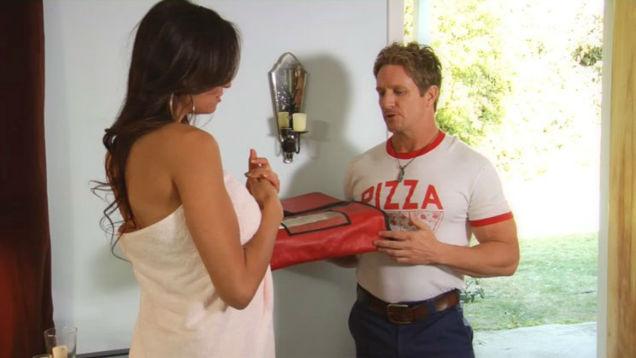Porn History pizza-w636-h600