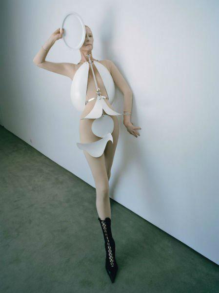Tilda Swinton Fashion Lessons-w636-h600