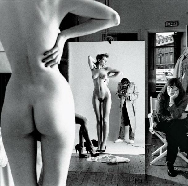 Unknown German photographers mirror-w636-h600