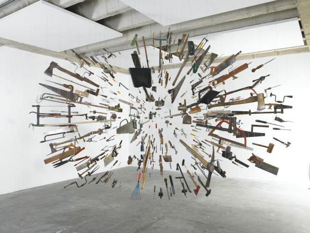 artistas contemporaneos importantes de mexico damian ortega universo