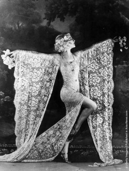belle epoque cabaret photos lace-w636-h600