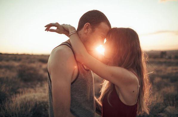 beso como le gustan los hombres a las mujeres