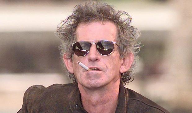 cigarro Mick Jagger y Marianne Faithfull