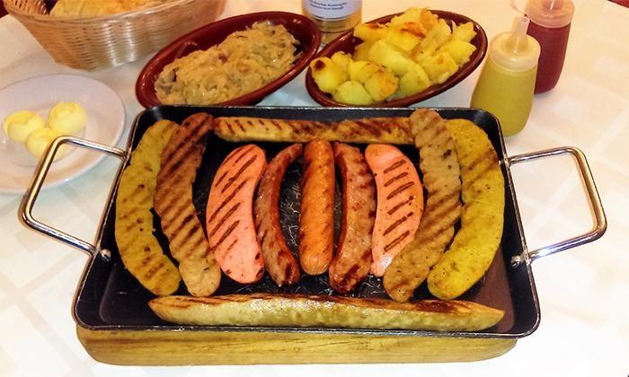 comida alemana Hosteria La Selva Negra