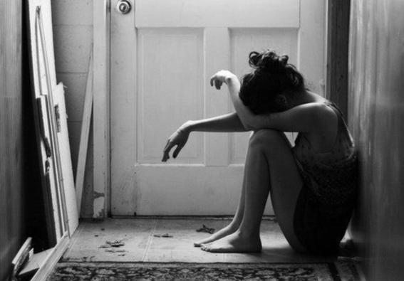 mujer triste