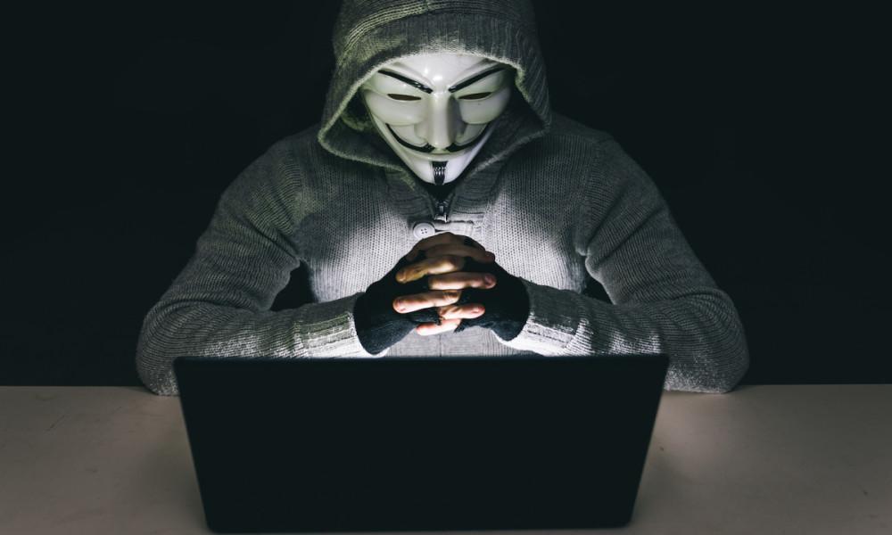 costo de un ataque cibernetico mascara