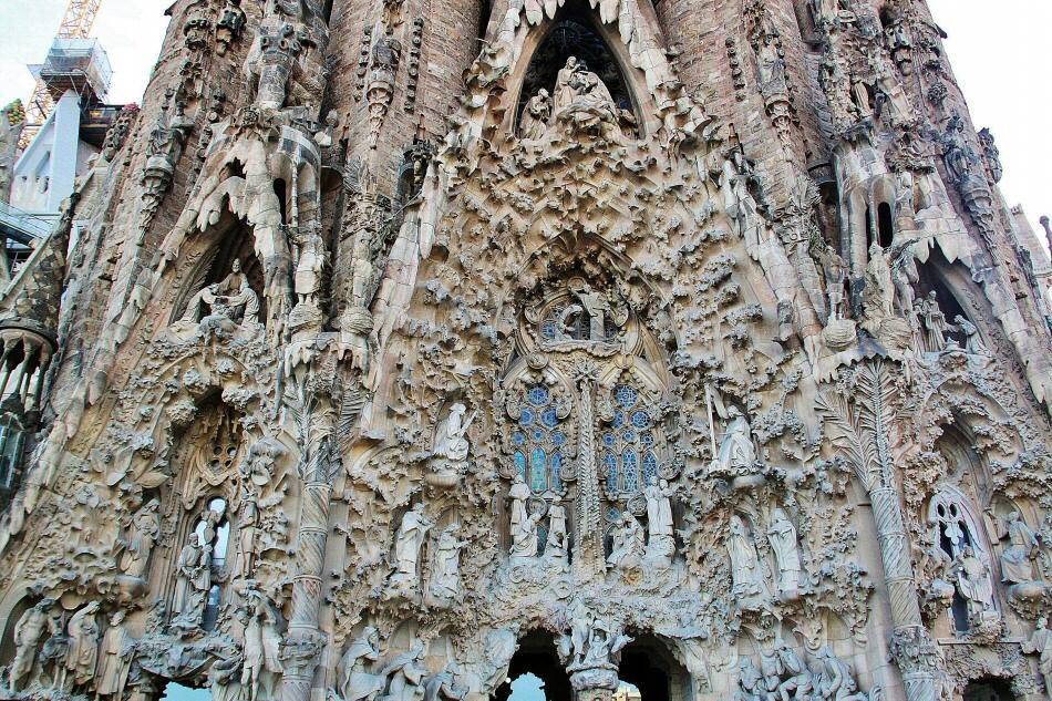 fachada de la gloria sagrada familia