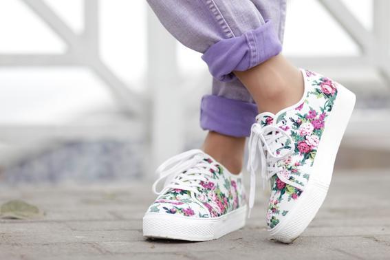 look de tendencia zapatos