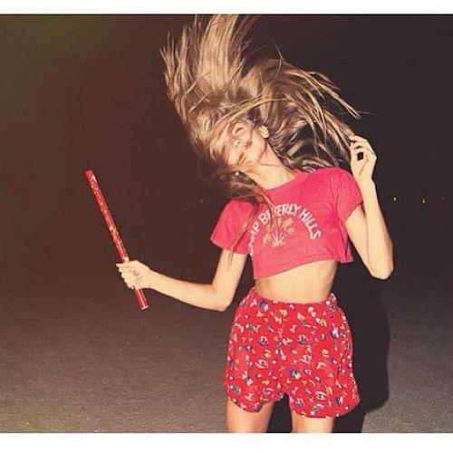 messy hair baile