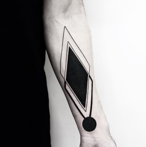 rombo negro disenos de tatuajes geometricos