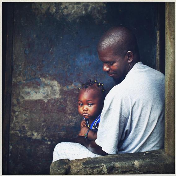sobrevivientes al ebola en africa papa