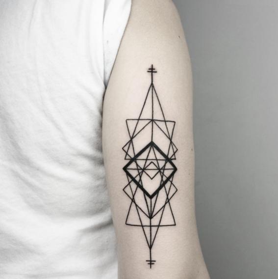 triangulos disenos de tatuajes geometricos