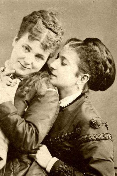 150 anos de amor entre mujeres ellas
