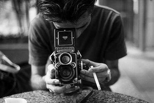 fotografias prohibidas instagram celular chico con cámara