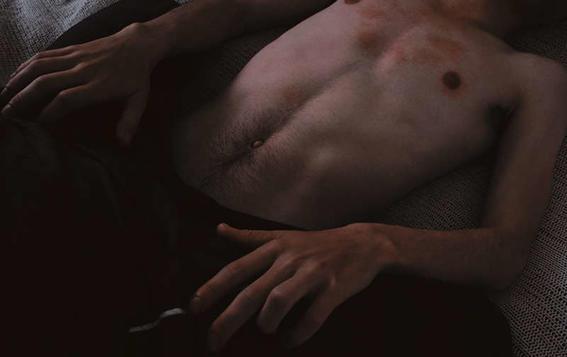 sensualidad agresiva torso