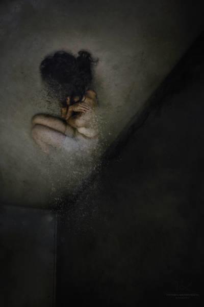 Victoria Krundysheva Dark Room 3
